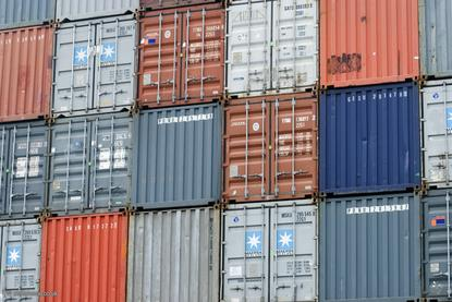 shipping-containers-100666818-orig.jpg