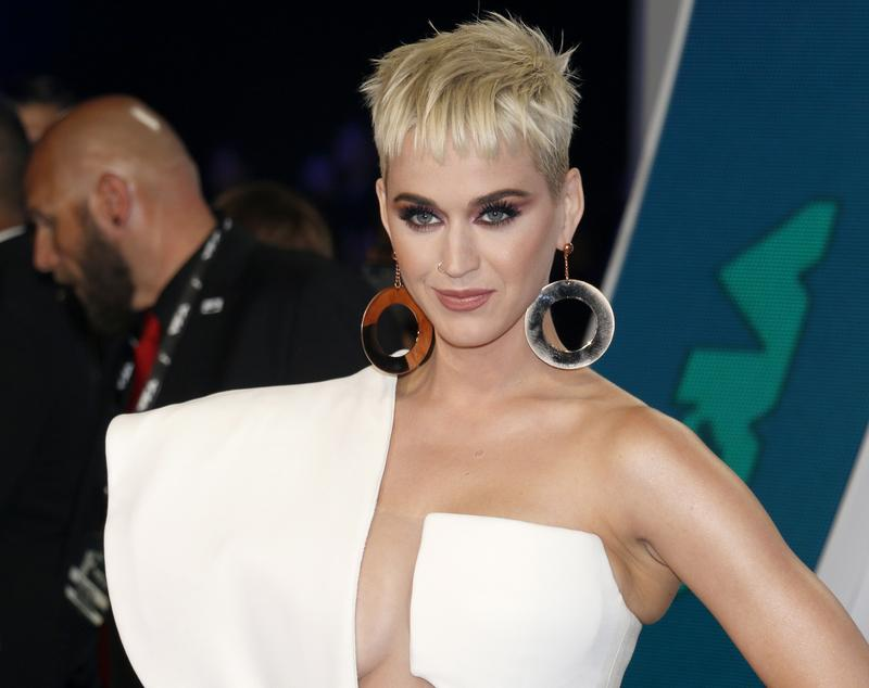 Katy Perry Elon Musk And Donald Trump Lose Followers After Twitter