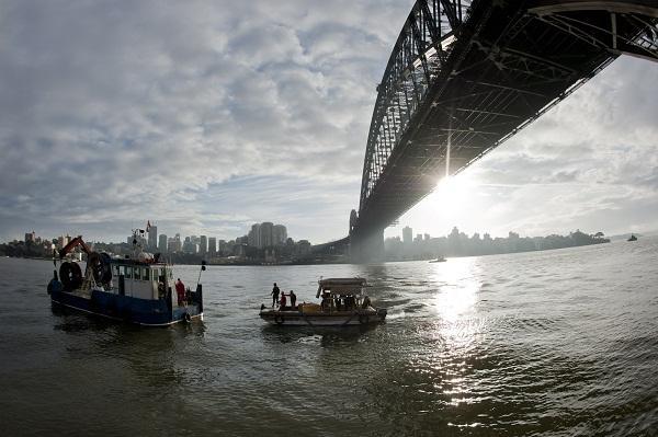 In pictures: Vocus rolls out fibre cable across Sydney Harbour