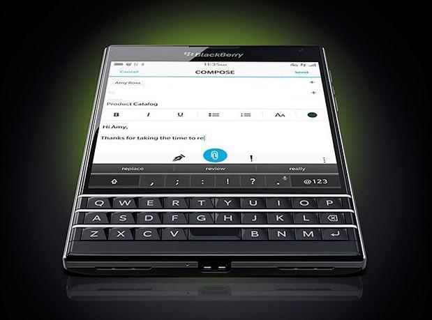 In Pictures: BlackBerry Passport
