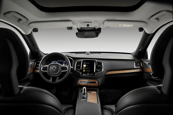Volvo to deploy in-car cameras to avert accidents